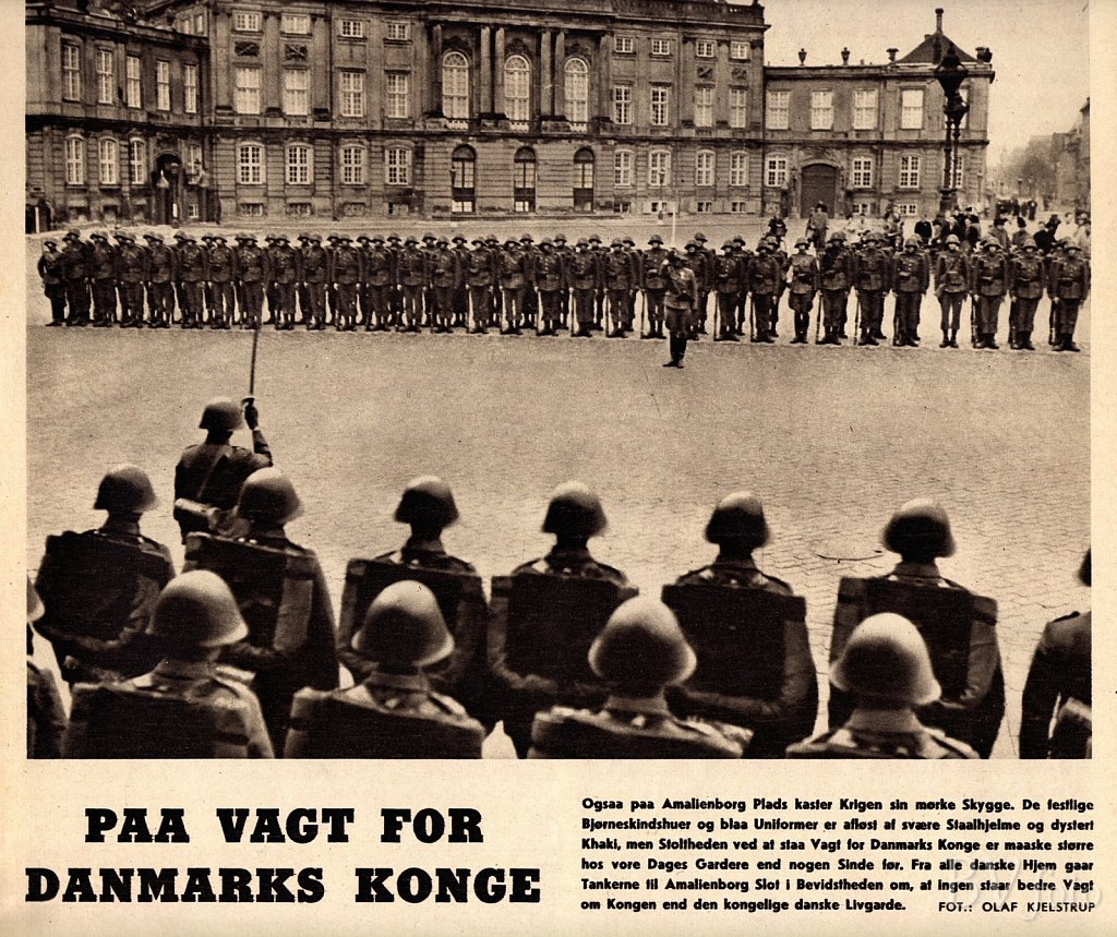Livgarden i Tysker-uniform på Amalienborg