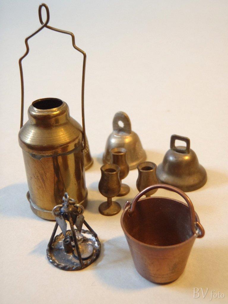 Miniature metal ting
