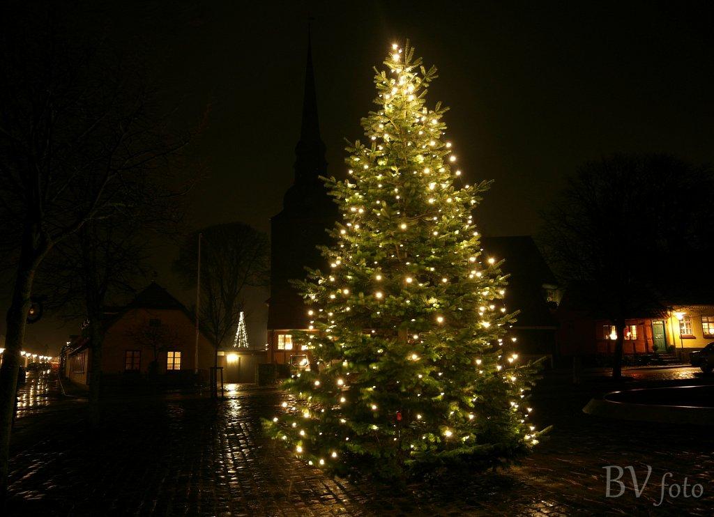 Juletræ på det gamle Torv i Nysted
