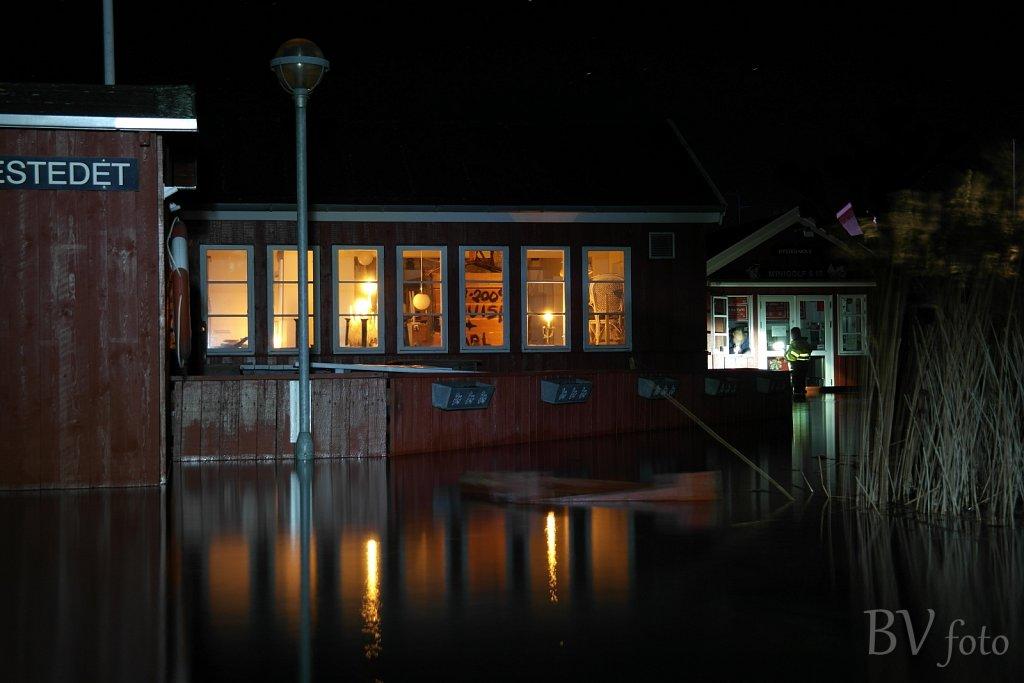 Stien ved Restaurant Ös terrasse