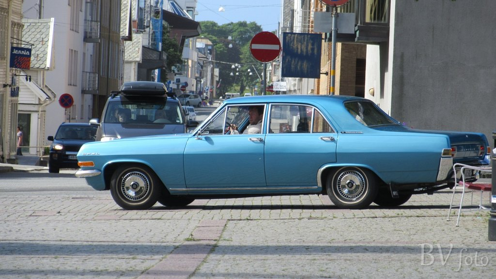 Opel Kapitän (low res.16:9)